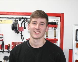 Tom Hyde, Land Based Technology - Apprenticeship NI (Level 3)